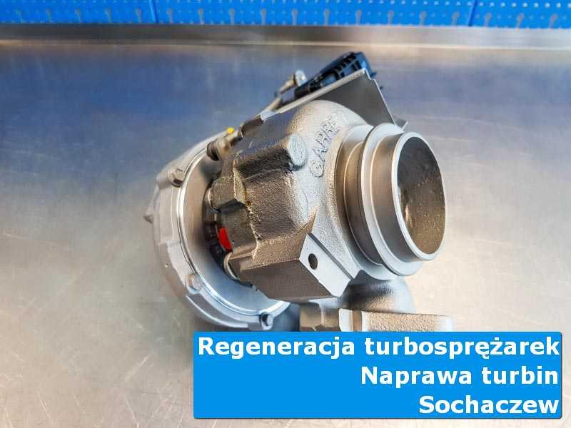 Układ turbodoładowania przed pakowaniem w nowoczesnej pracowni z Sochaczewa