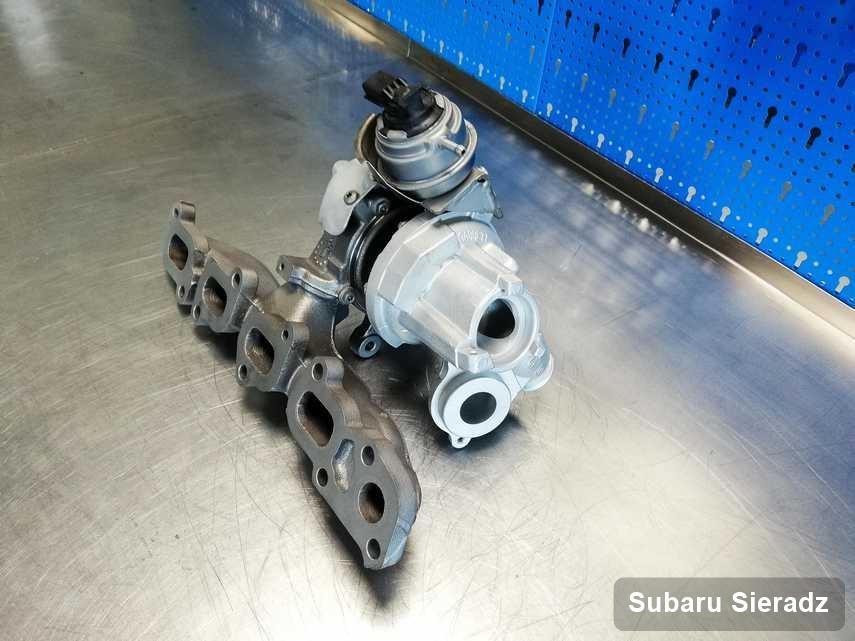 Wyremontowana w przedsiębiorstwie w Sieradzu turbina do auta marki Subaru przygotowana w laboratorium po remoncie przed wysyłką