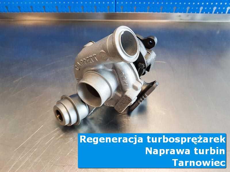 Układ turbodoładowania po naprawie na stole w pracowni z Tarnowca