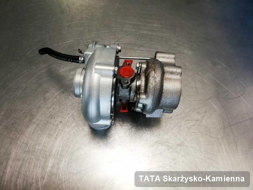 Wyczyszczona w pracowni w Skarżysku-Kamiennej turbosprężarka do pojazdu marki TATA przyszykowana w warsztacie naprawiona przed nadaniem