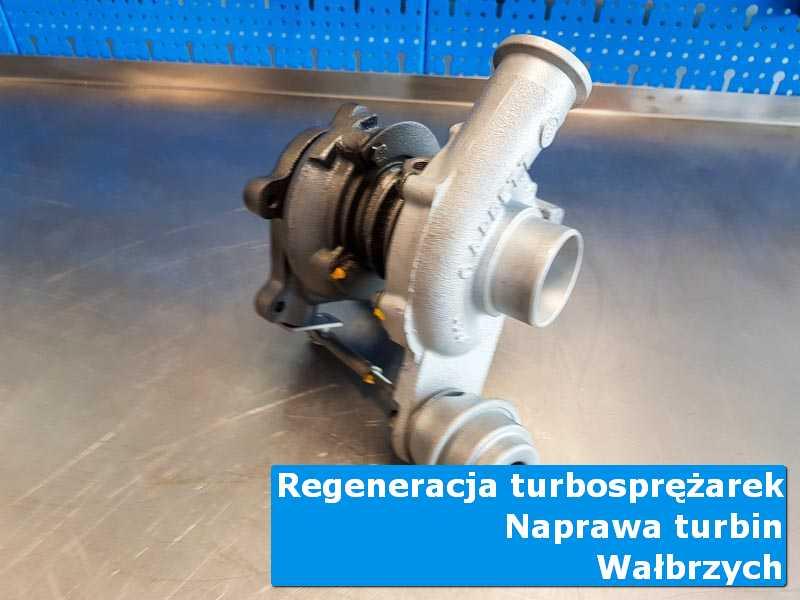 Układ turbodoładowania przed pakowaniem w warsztacie z Wałbrzycha