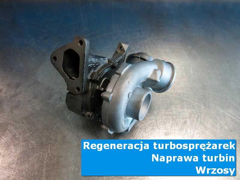 Układ turbodoładowania po regeneracji na stole w pracowni w Wrzosach
