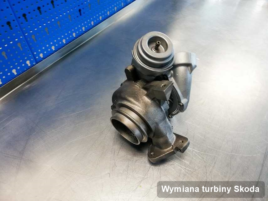 Turbosprężarka do samochodu z logo Skoda naprawiona w firmie gdzie przeprowadza się  usługę Wymiana turbiny
