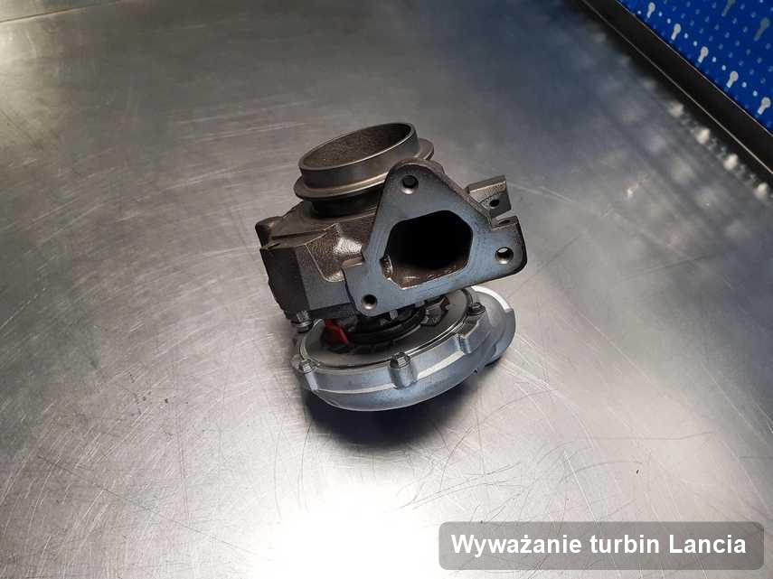 Turbosprężarka do diesla spod znaku Lancia naprawiona w pracowni gdzie zleca się serwis Wyważanie turbin