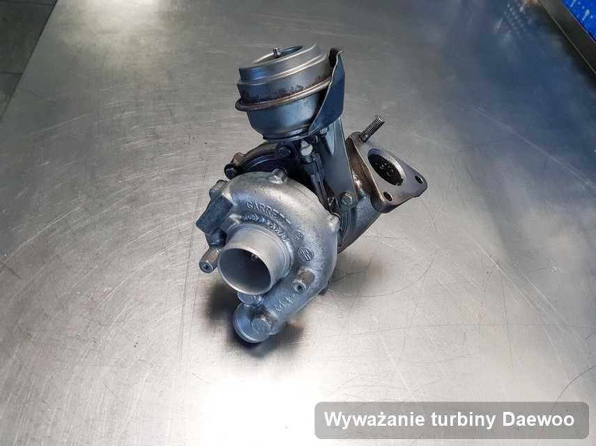 Turbosprężarka do samochodu osobowego marki Daewoo wyremontowana w firmie gdzie wykonuje się usługę Wyważanie turbiny