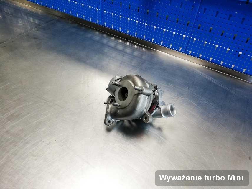 Turbosprężarka do osobówki z logo Mini naprawiona w pracowni gdzie wykonuje się usługę Wyważanie turbo