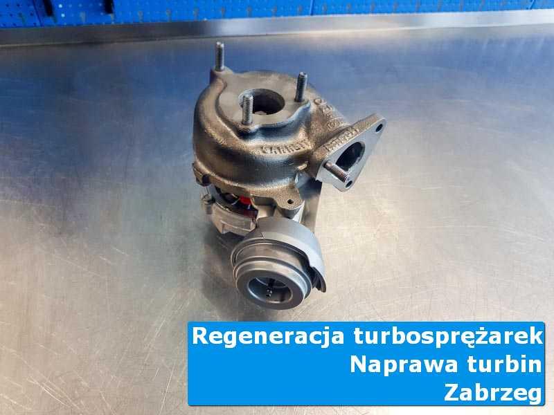 Turbosprężarka przed wymianą w nowoczesnej pracowni z Zabrzegu